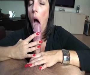 schoonmoeder krijgt verse pik kado video mijn naakte schoonmoeder gratis sex video kinky schoonmoeder pijpt een studen
