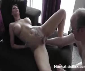 //media.yellowplace.nl/media/203/images/04-hot_brunette_fist_fucked_in_her_loose_tattooed_cun_-_porn_videos.jpg