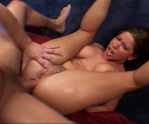 geile vrouw stopt dildo in haar lekkere kont sex tube dunne dildo gaat anaal en dikke in haar kut super dildo in je kut