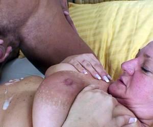 bejaarde Ouwe snoeperd neukt jonge meid