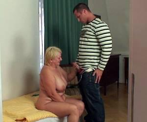 lesbiessex prive ontvangst rijpe dame