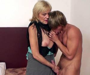 duitse tieten neuken video romantische sex film duitse rijpemilf film