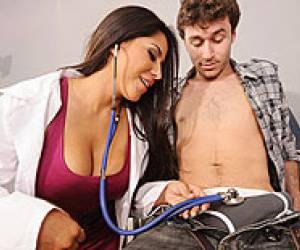 medico follea asu enfermera