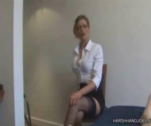 la profesora nikki benz follando con el director del colegio en clase