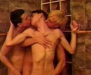 sexcamping de goorhoeve video koppel eerste trio video gek neuken open kruis slipje video