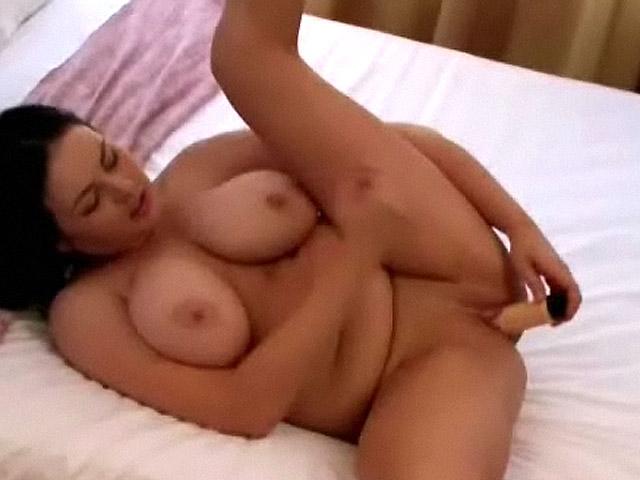 masturbandose intensamente
